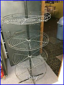 25 Round Wire Tall Stand Retail Store Floor Display Fixture Rack Metal Vintage