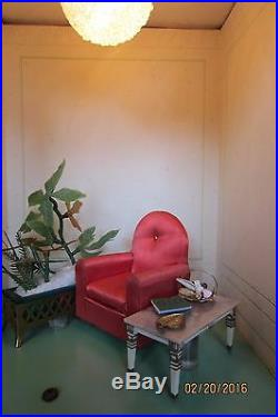Ideal Petite Princess Fully Furnished Store Display Dollhouse (1964)