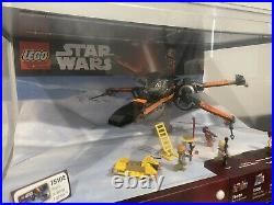 Lego Store Display Star Wars Poe's X-Wing Fighter 75102