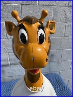 Toys R Us Geoffrey The Giraffe Vintage Mascot Store Display RARE & Fiberglass
