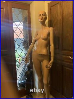 Vintage 1960s/70s Female Full Size Shop Store Mannequin Display Dummy Retail
