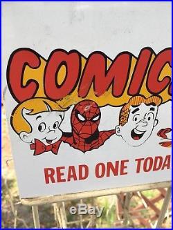 Vintage COMIC BOOK RACK SPINNER Metal Store Display Marvel DC Comics Spider-man