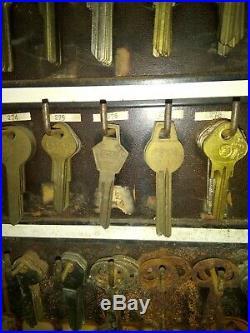 Vintage General Store Hardware 1940s Locksmith Key Blank Display With Keys Nice
