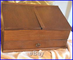 Vintage Wood Laura Ashley Eyewear Eye Glass Holds 12 Pair Display Case Box