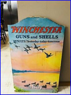 Vntage Very Rare Winchester Store Display Center Piece Winchester Pop Display